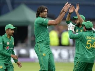 Pakistan Bowling Coach Azhar Mahmood Wants Team to Learn From Defeats