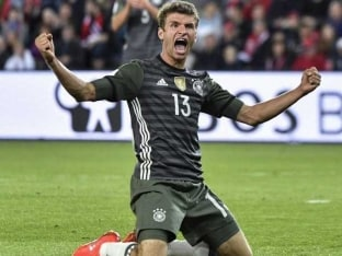 Thomas Mueller, Joshua Kimmich Fire Germany Past Norway in 2018 World Cup Qualifier