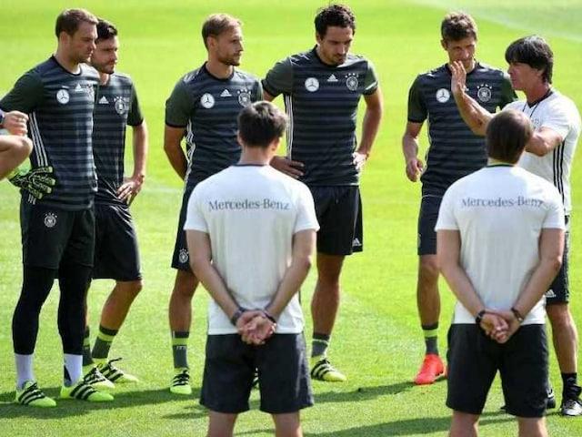 Joachim Loew Eyes Germanys Rising Stars on Road to 2018 World Cup