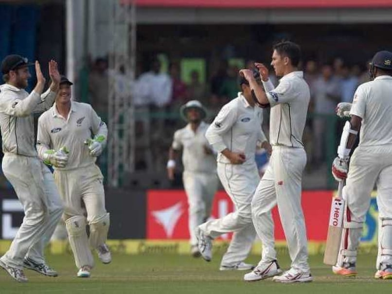 India vs New Zealand 1st Test, Kanpur, Highlights: Trent Boult, Mitchell Santner Help NZ Grab Honours On Day 1