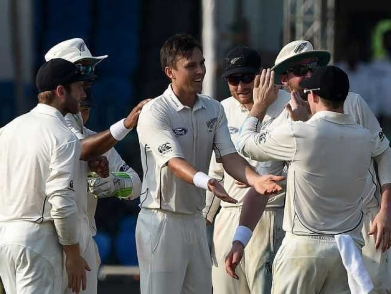Trent Boult, Mitchell Santner Help New Zealand Restrict India to 291/9 on Day 1