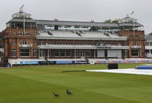 No play before lunch on England-Sri Lanka 4th day