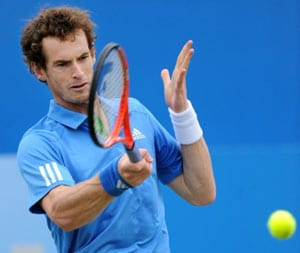 Andy Murray cruises into Brisbane final
