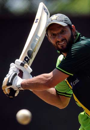 Afridi vows to end batting woes