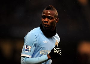 Balotelli gets into row with City manager Mancini
