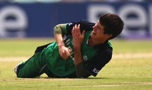 Injury worries for Ireland, Dockrell dislocates shoulder