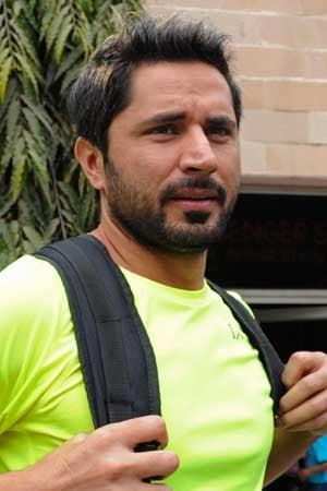 Pak fans, Afridi's brother bat for cordial Indo-Pak relations