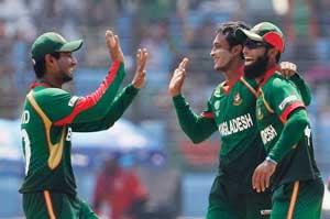 Bangladesh restrict Dutch to 160