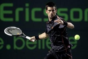 Djokovic thrashes Blake to stretch win streak