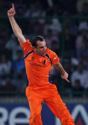 Borren proud of brave Dutch