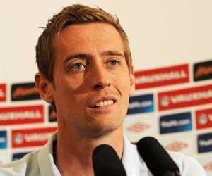 Crouch faces uncertain future after England snub