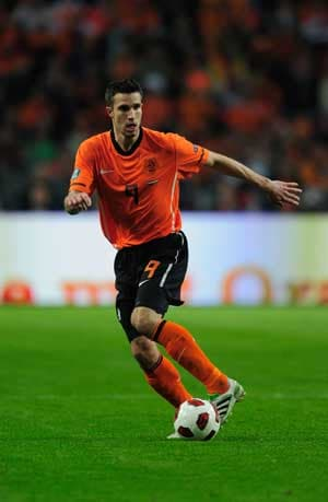 Van Persie doubtful for Netherlands' friendly versus England