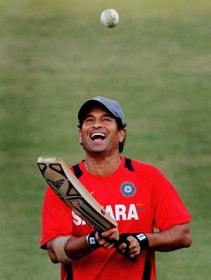 Govt looks at changing Bharat Ratna rules for Sachin