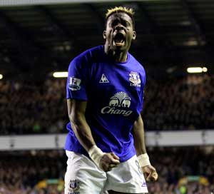 Saha helps Everton sink Fulham