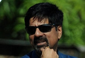 Be passionate about profession just like Sachin: Srikkanth