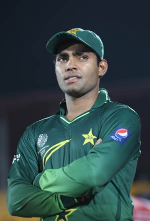 Umar Akmal skips training due to finger injury