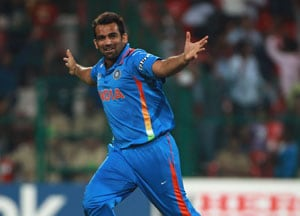 Zaheer's opening spells in World Cup finals, a study in contrast