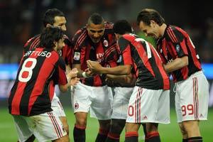 Milan hoping to take decisive title step