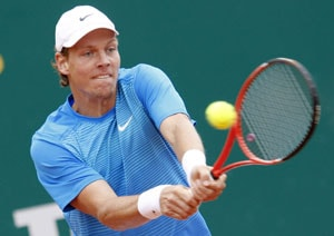 Berdych quits Barcelona event
