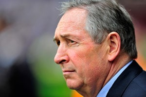 Ill Houllier recovering in hospital