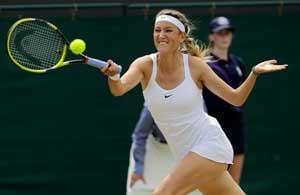 Azarenka reaches Wimbledon quarter-finals