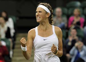 Azarenka beats Paszek to reach semi-finals