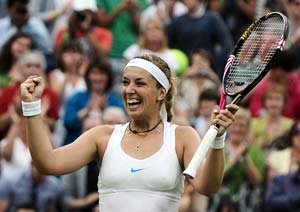 Lisicki tops Bartoli to reach semi-finals