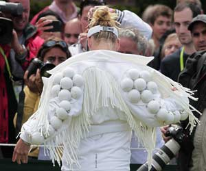 Mattek-Sands tests Wimbledon's fashion police
