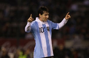 Uruguay standing in way of Messi, Argentina