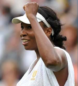 Venus topples Jankovic, Bartoli battles through