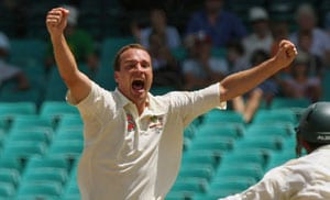 Australia paceman Stuart Clark retires