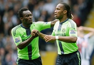 Essien boost for Chelsea in title chase