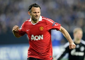 Ryan Giggs aims to revive troubled Manchester United after David Moyes exit