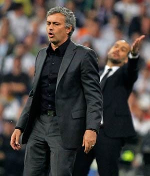 Irate Mourinho rails against Barcelona 'favouritism'