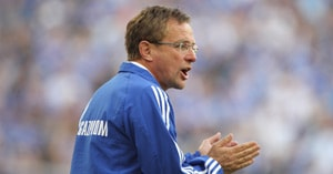 Schalke's Rangnick set to ring changes for United