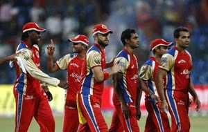 Royal Challengers Bangalore to rotate players in IPL league ties