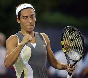 Schiavone not feeling host pressure