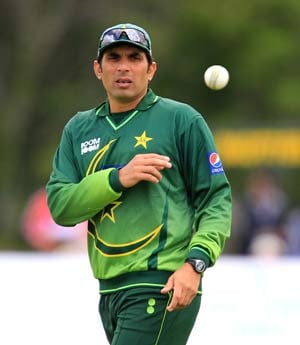 Misbah amused at India's continued disapproval of DRS