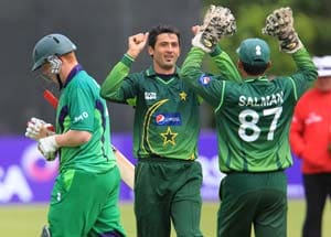 Pakistan romps to ODI victory over Ireland