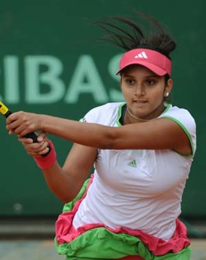 Sania-Elena reach French Open Doubles final