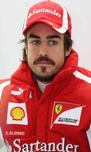 Alonso extends Ferrari contract to 2016