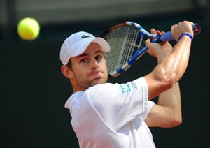 Roddick tops Massu, US leads Chile 1-0