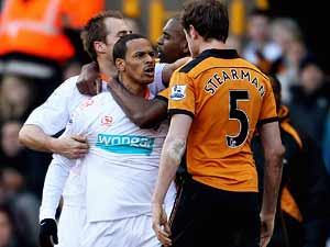Campbell sorry over red card rage