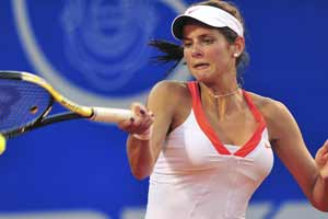Goerges knocked out in 1st round of Monterrey Open