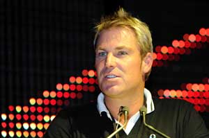 Shane Warne lauds England, backs India