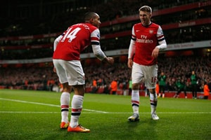 Mesut Ozil, Aaron Ramsey turn on the style for Arsenal