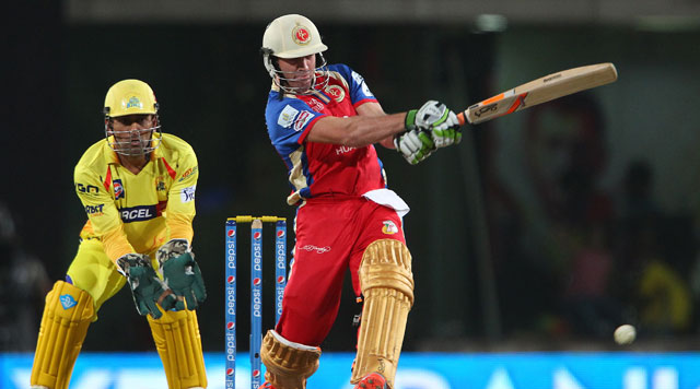 IPL 7: AB de Villiers, Yuvraj Blitz Keeps Bangalore in Fray for Playoffs