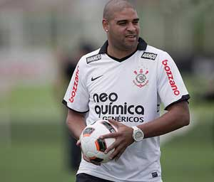 Corinthians eager to drop Adriano