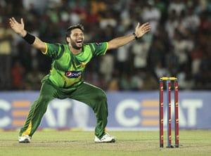 Shahid Afridi returns to first class cricket to regain form
