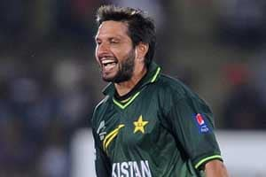 Shahid Afridi turns down Caribbean Premier League offer